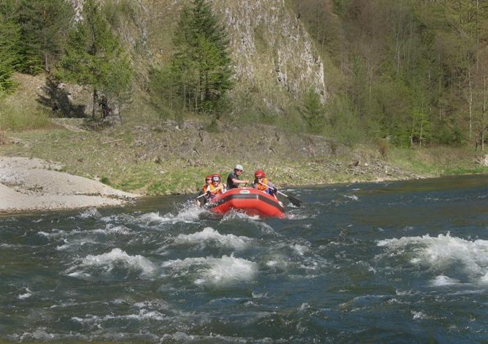 wild river rafting dunajec from krakow